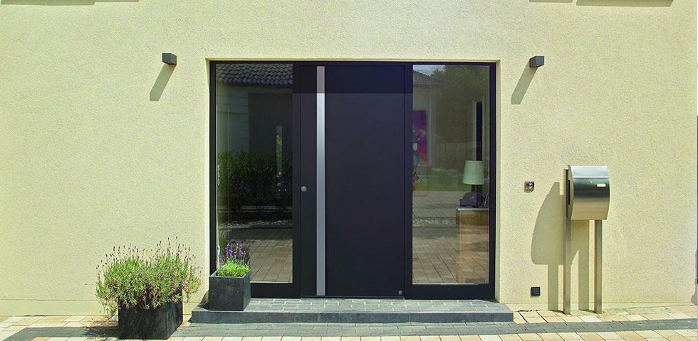 Porte d 39 ingresso con maniglie d autore - Maniglia porta ingresso ...